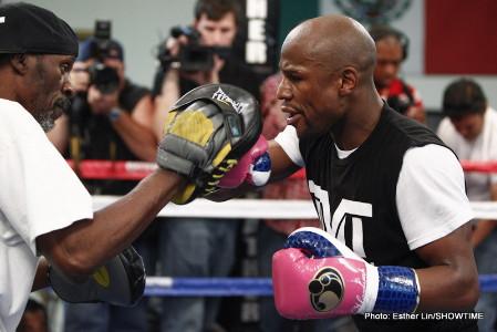 robert guerrero floyd mayweather jr boxing  photo