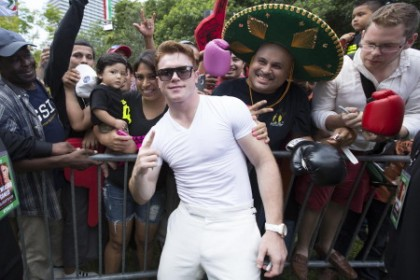 Canelo poses with fans