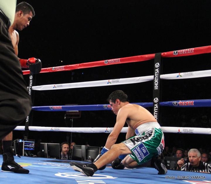 Gonzalez Dominates Sosa In 2nd Round TKO » Boxing News