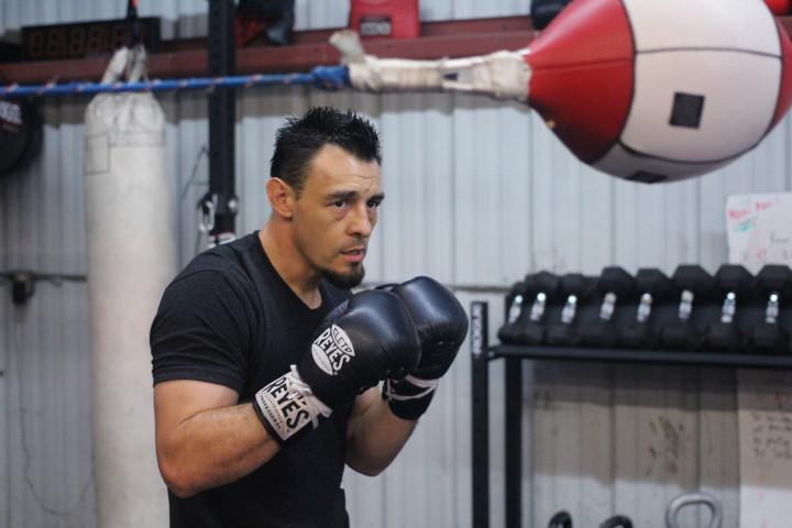 Robert Guerrero Aaron Martinez Guerrero vs. Martinez Guerrero-Martinez