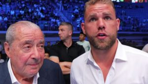 Saunders wants Canelo to take a pay cut