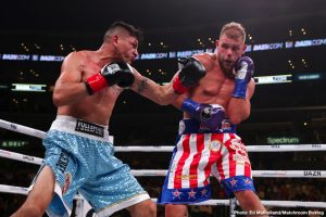 "Saunders: ""I wasted months"" on Canelo Alvarez"
