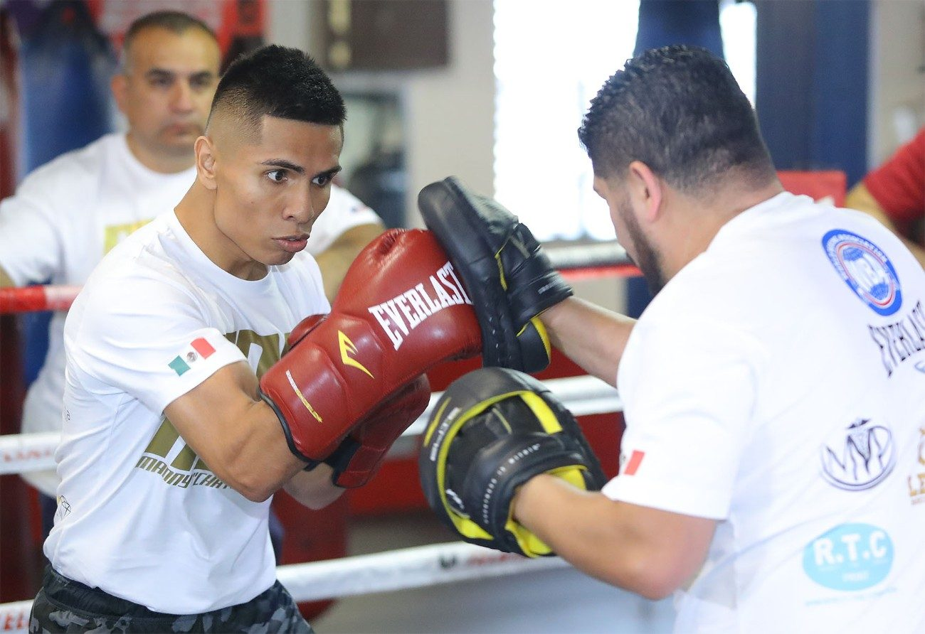 - Latest Manny Robles Robles vs. Can Xu Can