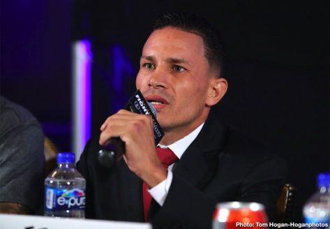 - Latest De La Hoya vs. Robles Diego De La Hoya Renson Robles
