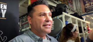 Oscar de La Hoya looking fast and powerful in mitts workout
