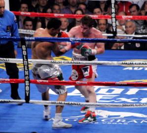 Mayweather Alvarez Mayweather vs. Alvarez  saul alvarez floyd mayweather jr