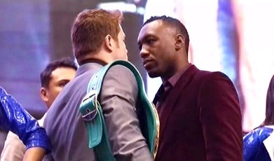 saul alvarez austin trout  photo