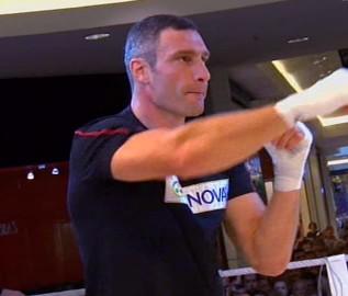 Nikolai Valuev Vitali Klitschko Klitschko vs. Valuev Klitschko-Valuev